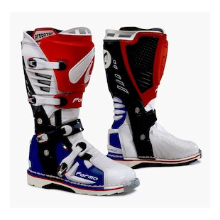 Forma Predator Boots (Color: Patriot / Size: 44)