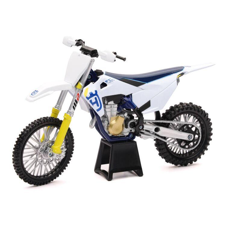 New Ray Toys Husqvarna FC450 2019 1:12 Model